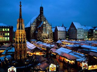 Christkindl_Market_Nuremberg_Bavaria_Germany