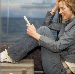 E-reading_women